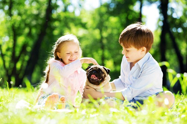 Kids-with-dog