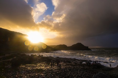 La célebre Calzada del Gigante, en la costa norirlandesa