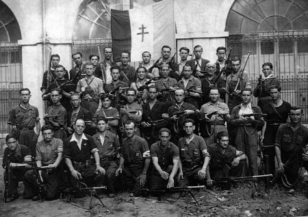 Brigada 35 de la UNE
