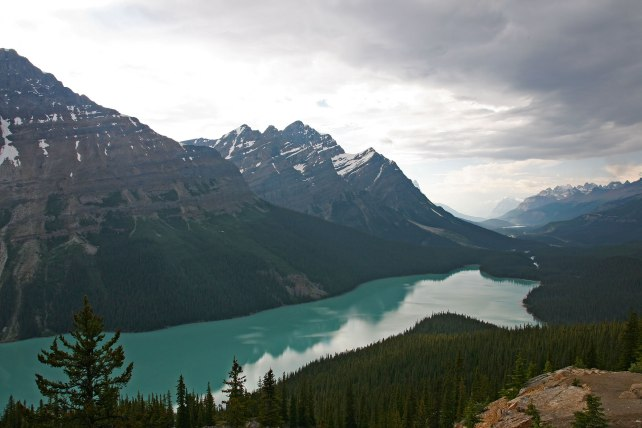 Icefields-Parkway-PeytoLake002