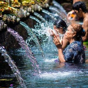 ciekawe miejsca w okolicach Bali atrakcje tarasy ryzowe