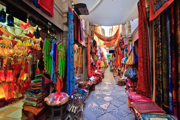 visit granada - artist market