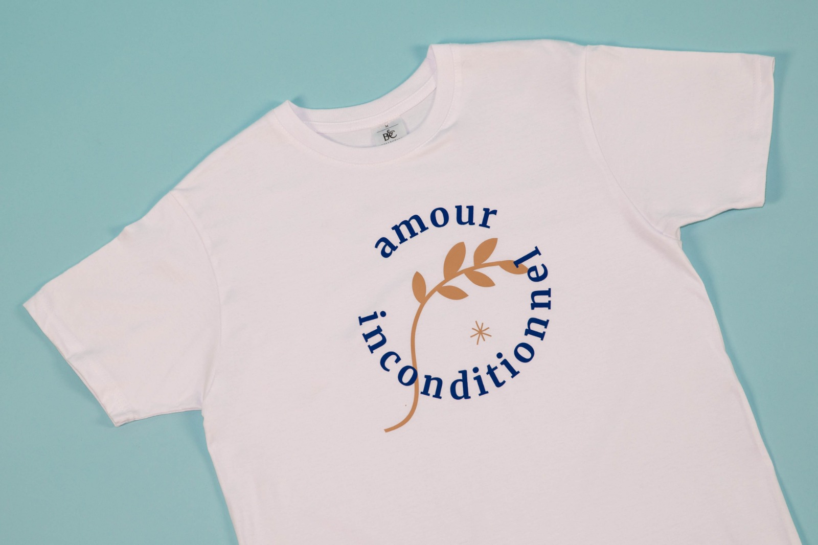 tee-shirt wanderhumanity amour inconditionnel face