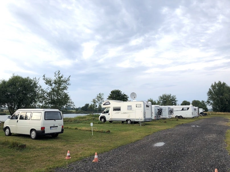 YAY! You have a new motorhome or campervan- but now what? What DO YOU DO? Here's our best tips and advice for new motorhome owners for the very first trip! #vanlife #motorhome #tips #hacks #rvlife