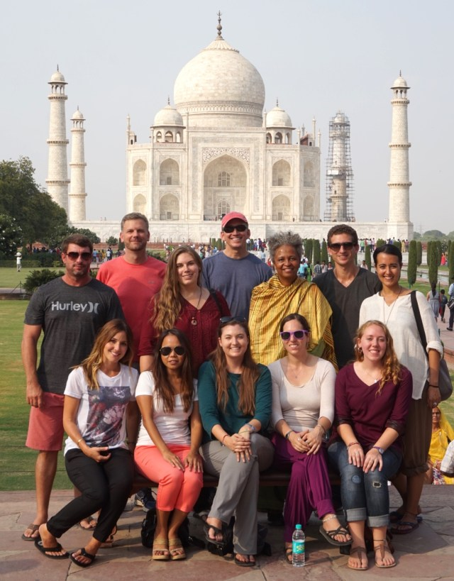 Wandering Earl Tour to India - Taj Mahal