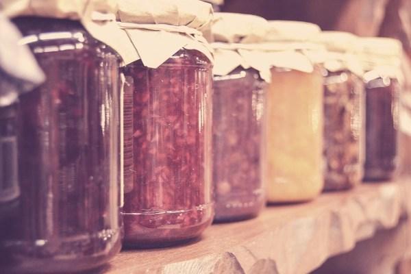 preserving food jars on shelves