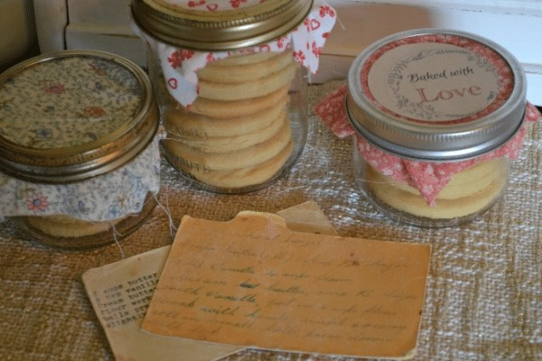classic old fashioned 4 ingredient shortbread cookies in mason jars