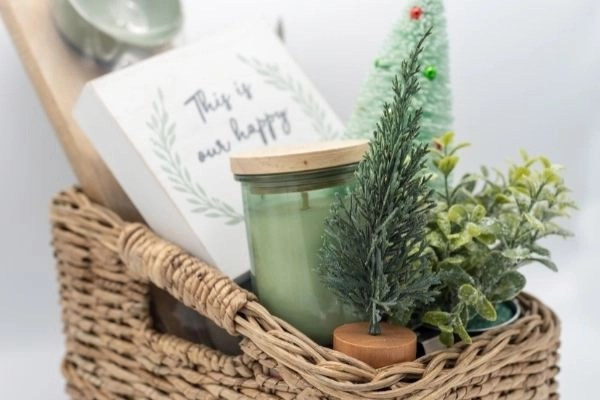 sample gift basket idea for creating simple gift baskets for any occasion