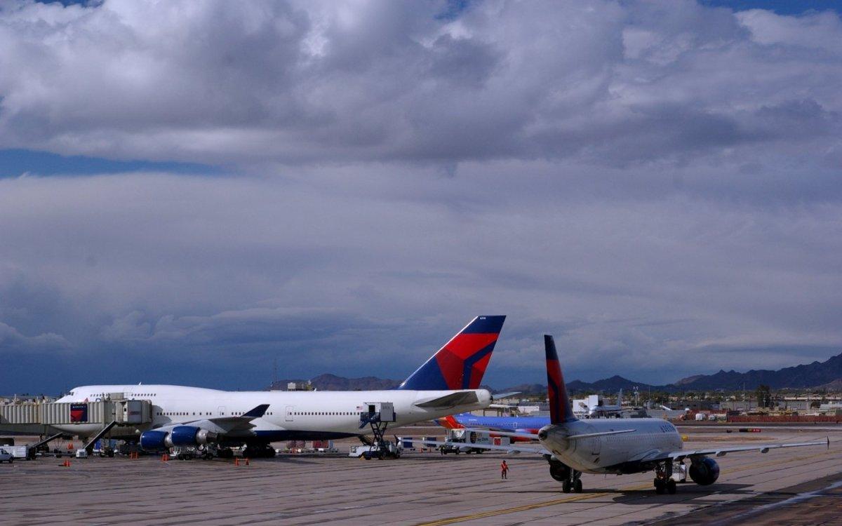 delta_747