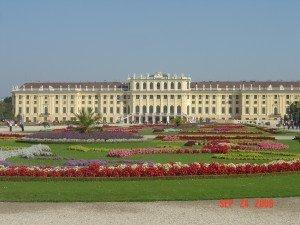 Schronebrunn palace in Vienna