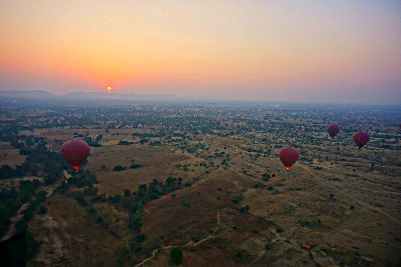 Hot Air Balloon Ride Bagan