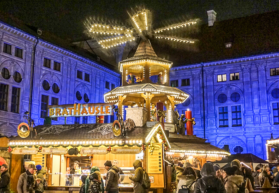 How to Plan a Christmas Market Vacation - Wandering Redhead