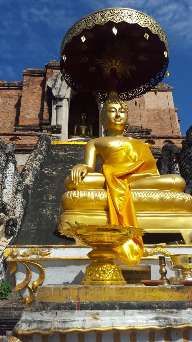 Wat Chedi Luang Golden Buddha