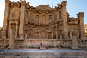 Nymphaeum - a dramatic facade in the Roman ruins of Jerash - Traveling Jordan with Kids