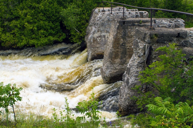 Water pours through the fourth chute on the Bonnechere River in Eganville Ontario on the edge of Bonnechere Caves