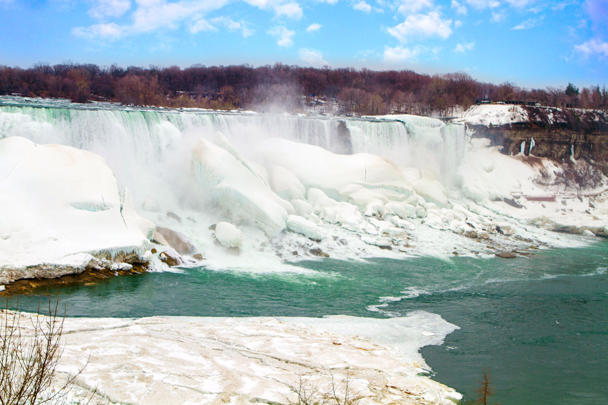 14 Amazing Ways to Spend Winter in Niagara Falls With Kids ...