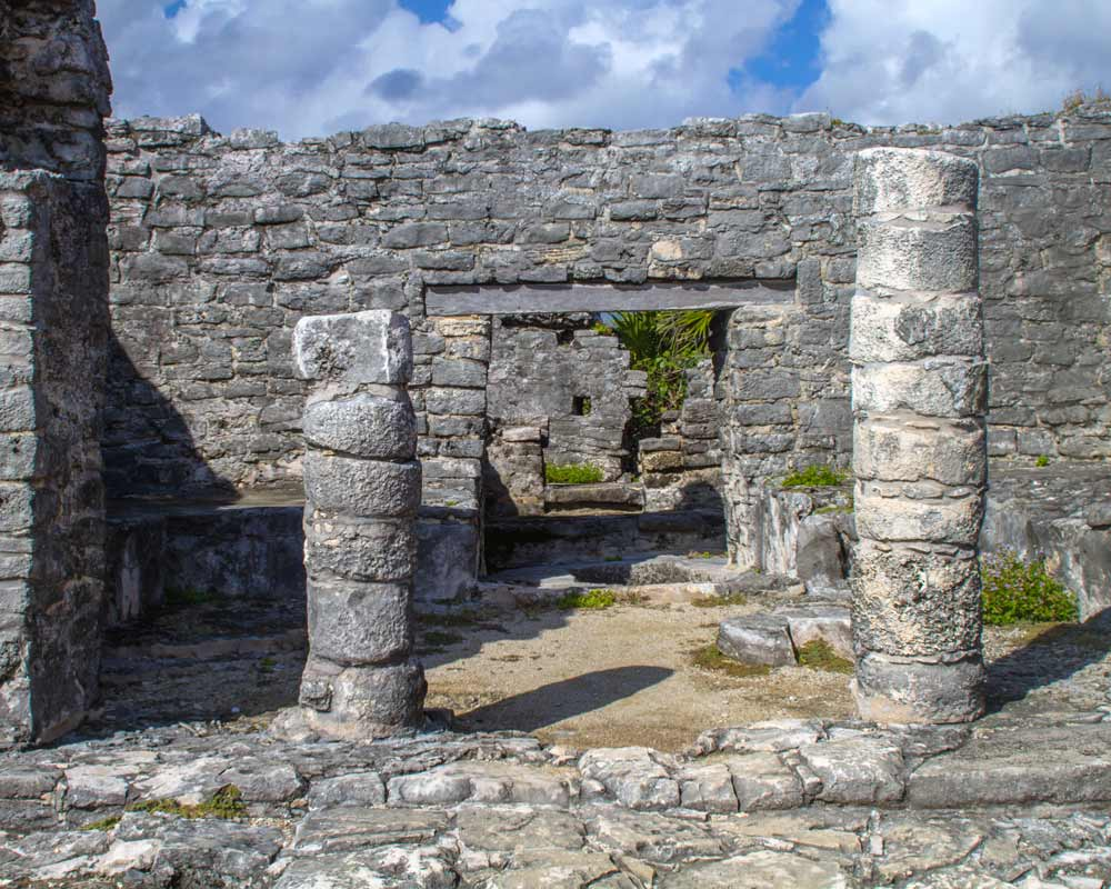 Entrance to the Tulum Ruins in Mexico with kids