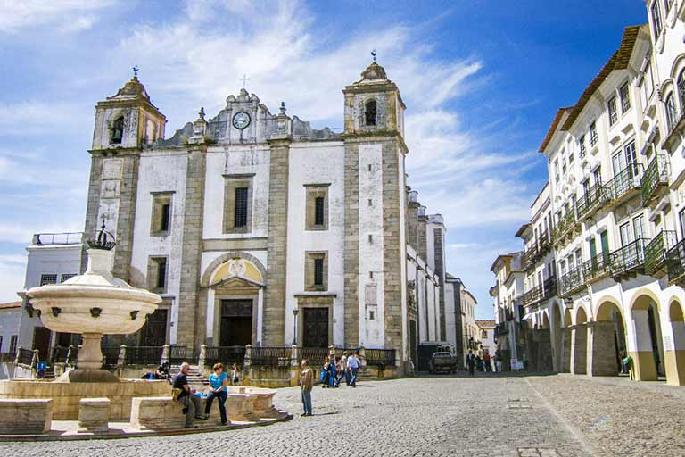 What to do in Evora Portugal with kids