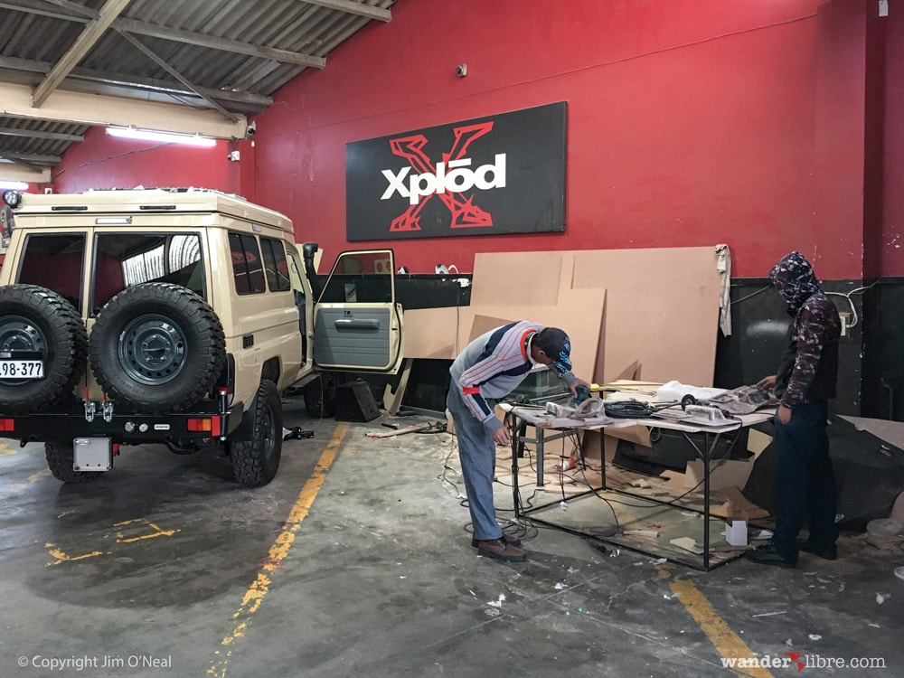 Installing stereo system in Land Cruiser Troopy