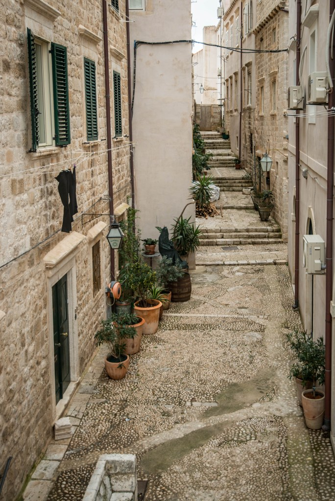 One of the many alley ways in Dubrovnik