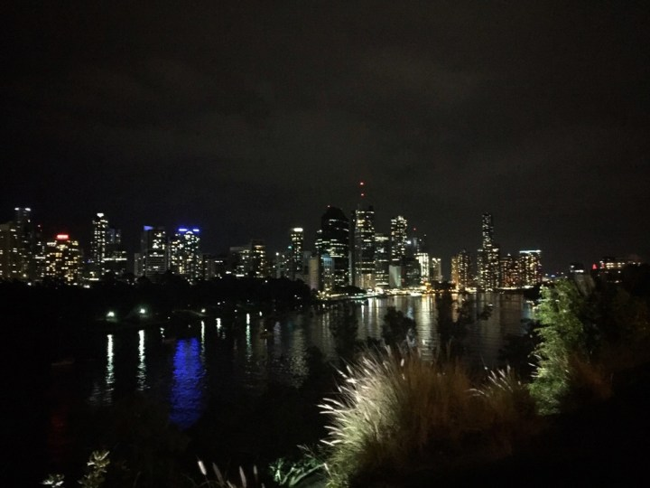 kangaroo point at night
