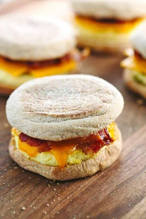 how-to-make-freezer-friendly-breakfast-sandwiches