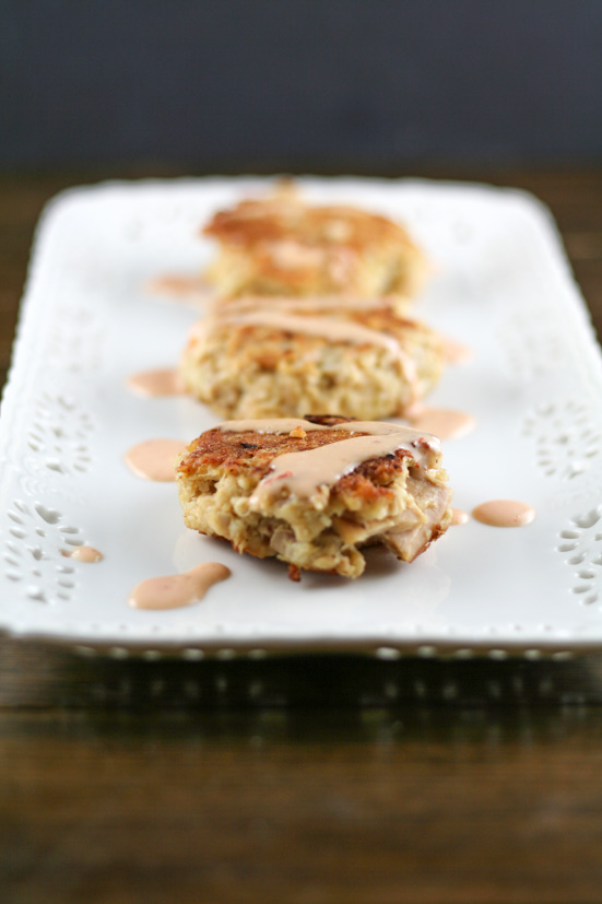 paleo-tuna-cakes-sriracha-aioli