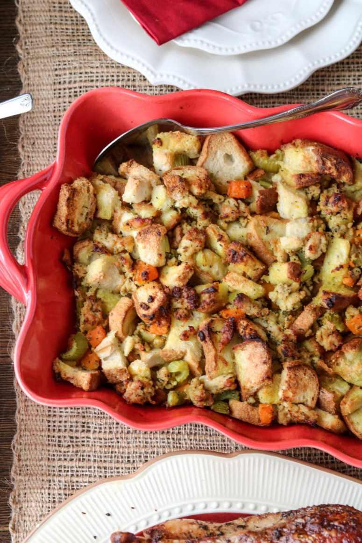 butternut-sausage-stuffing