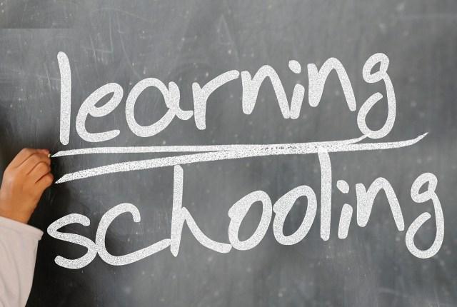 School chalkboard: Pixabay