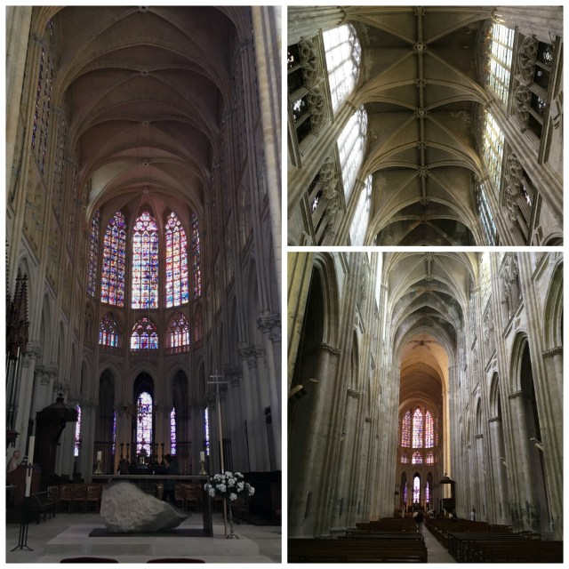 Tours Cathedral interior