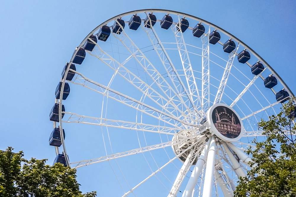 Get entertained at the Navy Pier in Chicago