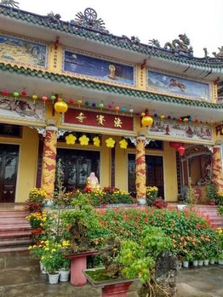 Hoi An old town temple
