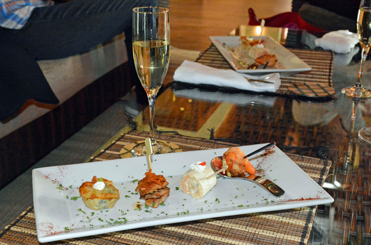 An image of food and drink at the Yu Lounge in St. Kitts