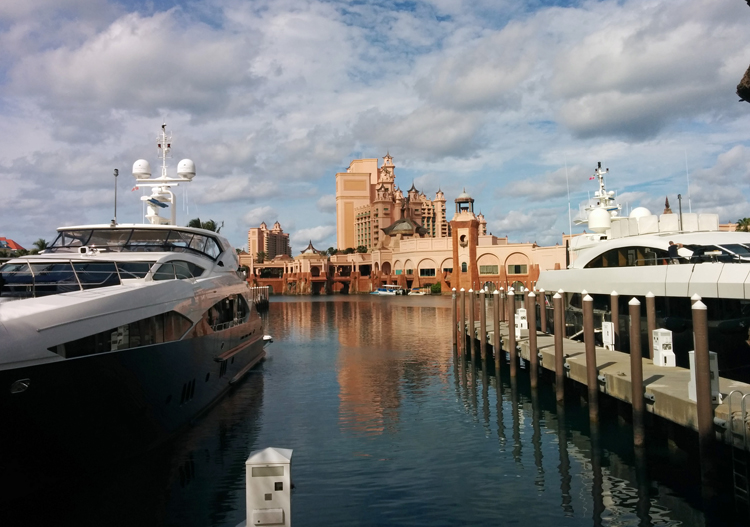An image of yachts in the marina at Atlantis Resort, Paradise Island, Bahamas