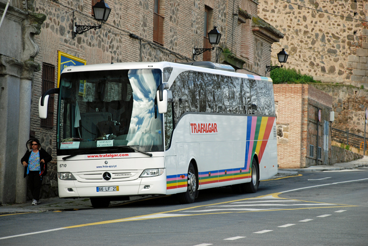 An image of a Trafalgar tour bus