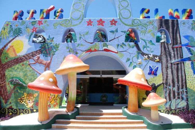 An image of the kids' club at Sandos Caracol Eco Resort in Riviera Maya, Mexico - all inclusive family resorts