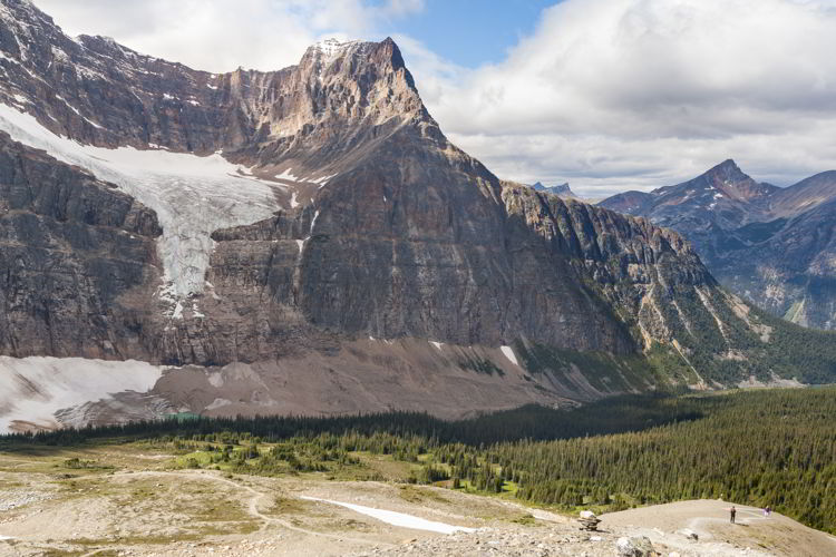 An image of people on the Cavell Meadows hike in Jasper National Park, Alberta.
