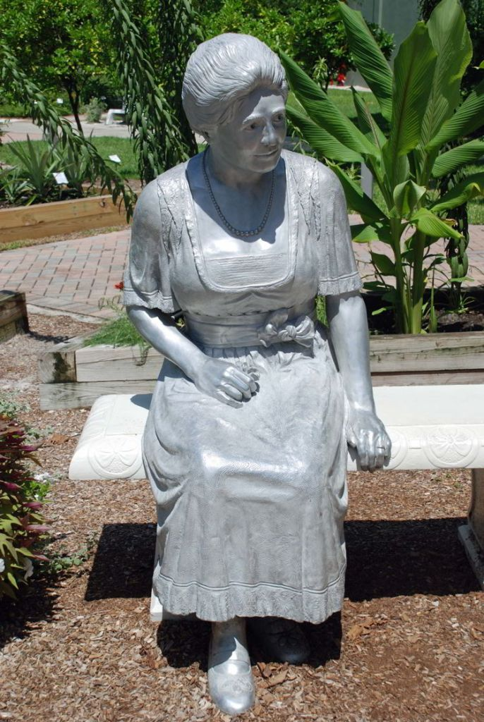 An image of a statue of Mina Edison at the Ford Edison Winter Estates in Fort Myers, Florida.