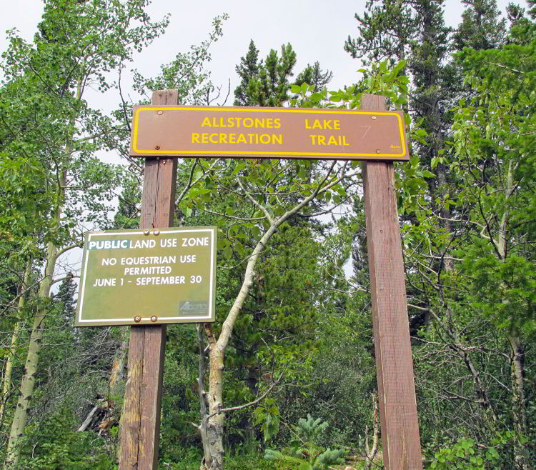 An image of the Allstones Lake Trailhead in Bighorn Backcountry, Alberta, Canada.
