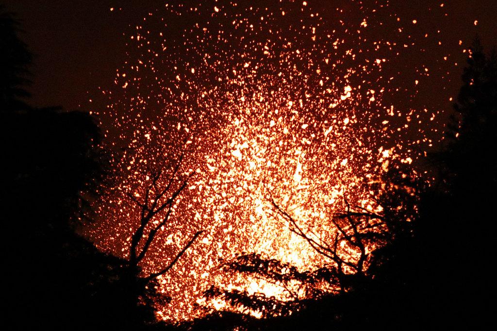 Hawaii Volcano_1526772435255