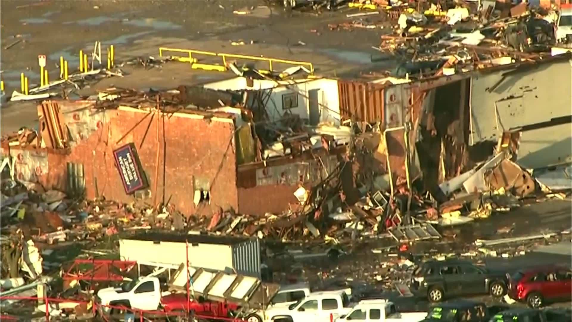 Apparent Tornado Levels Oklahoma Motel Kills At Least 2