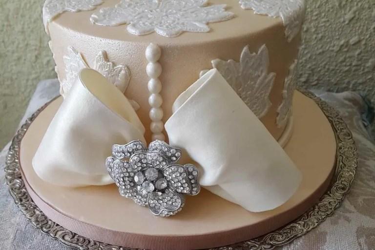 10 akaun Facebook buat tempahan kek kahwin yang boleh anda ikuti