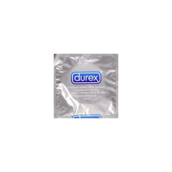 Durex Invisible Extra Thin Extra Sensitive juga terdapat dalam pek kecil mengandungi 3 keping kondom (RM14.45).