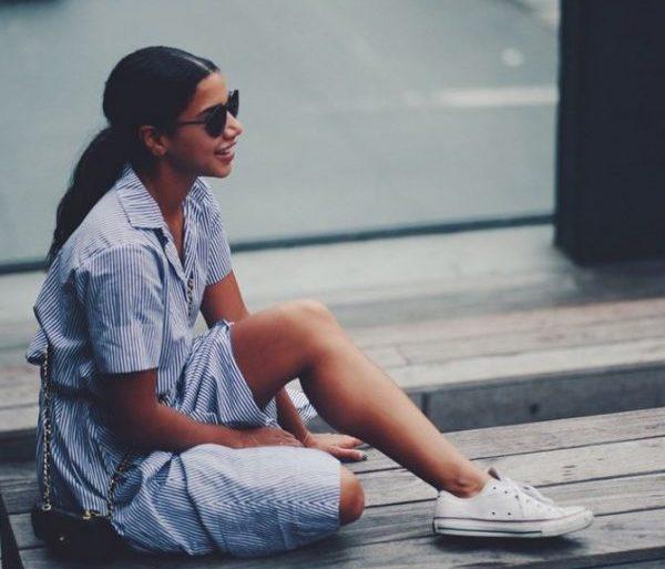 Panduan Gayakan Sneakers Dengan Pakaian Kasual Harian