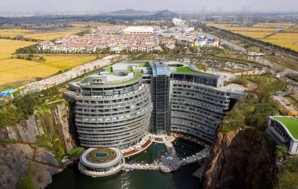Bekas Lombong Di China Jadi Hotel Mewah, Siap Ada Restoran Dalam Air!