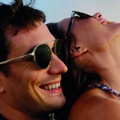 Luxottica Tampilkan Koleksi Bentuk Kaca Mata Yang Funky & Pelik!