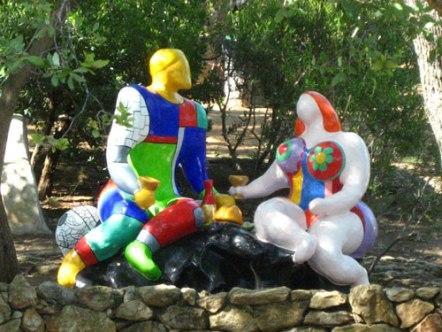fantasierijkeTarottuin van Niki de Saint Phalle