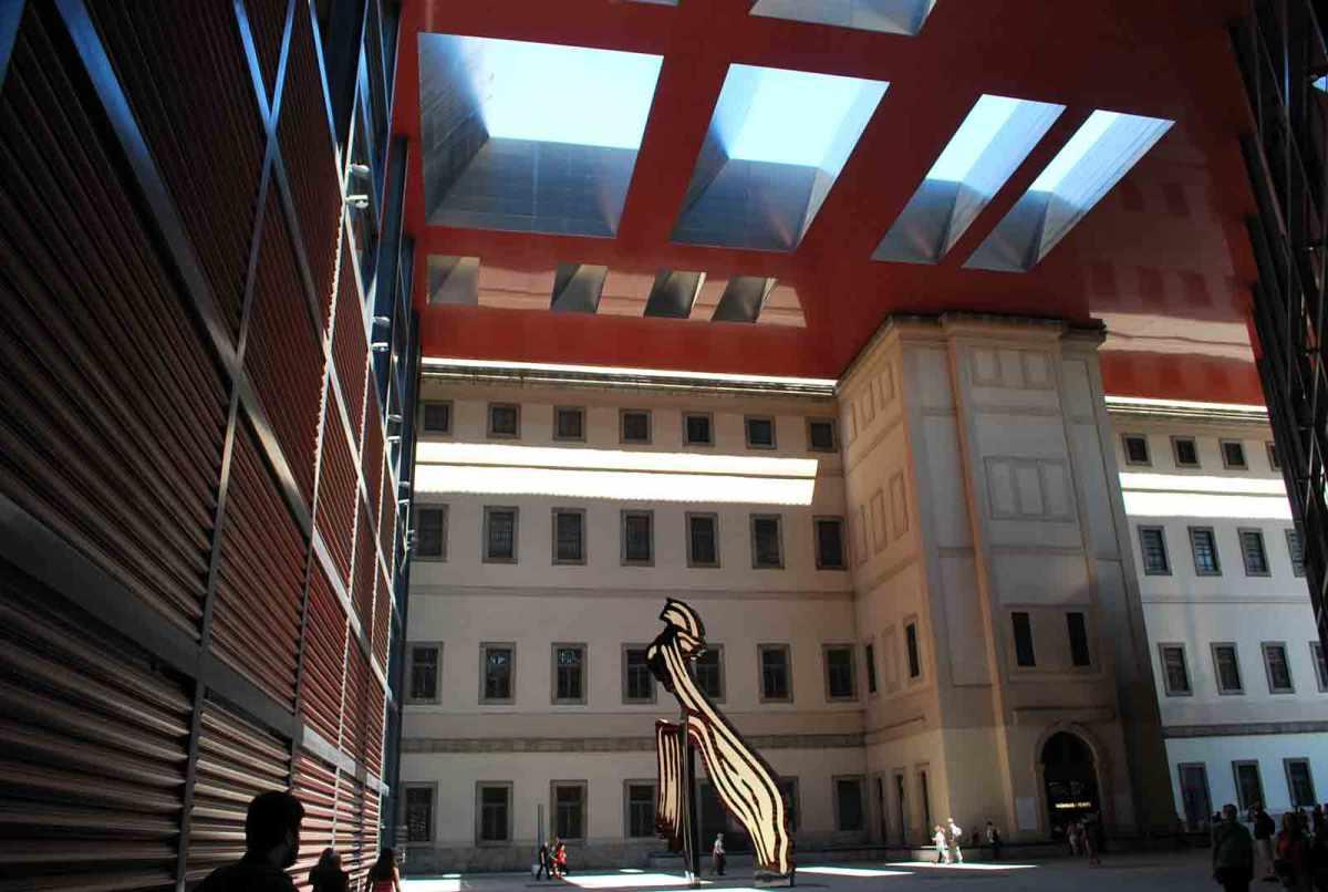 Het Reina Sofia Museum en andere fantastische tips voor Madrid