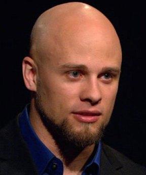 Brandon Bryant vertelt het allemaal: de diep indringende moordpartijen die hij diende te plegen met 'zijn drone'..