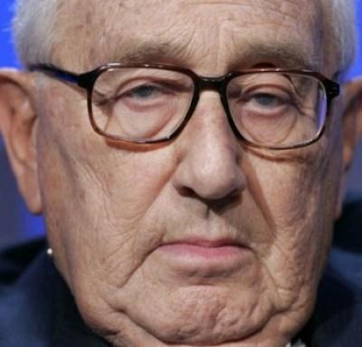 Een bericht uit.. 2009, waaruit duidelijk de invloed van Kissinger blijkt, nu de man aan het einde van zijn leven is.